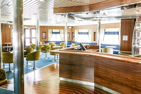 Lounge du bateau d'expédition Ocean Endeavour - Région polaire | Les Mondes Polaires