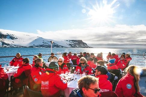 Terrasse du bateau d'expédition Sea Spirit- Région polaire   Les Mondes Polaires