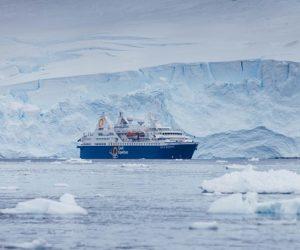 Façade du bateau d'expédition Ocean Diamond - Région polaire | Les Mondes Polaires