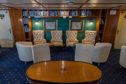 Librairie du bateau d'expédition Ocean Adventurer - Région polaire | Les Mondes Polaires