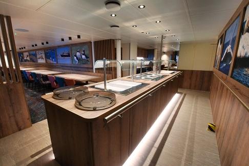 Restaurant du bateau d'expédition Ortelius - Région polaire   Les Mondes Polaires