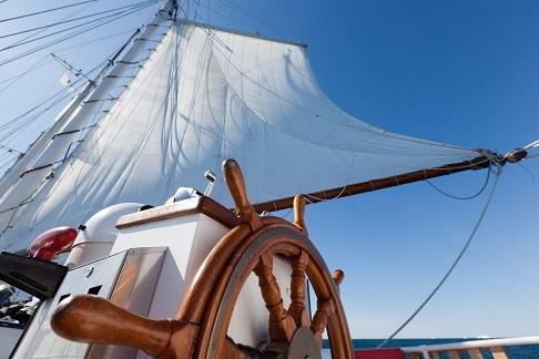 Roue du voilier d'expédition Rembrandt - Région polaire | Les Mondes Polaires