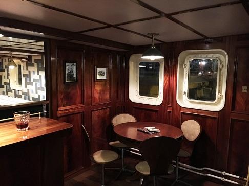 Bar du bateau d'expedition Balto - région polaire | Les Mondes Polaires