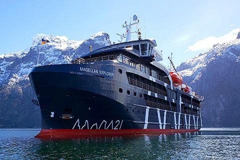 Exterieur du bateau d'expedition Magellan Explorer - région polaire | Les Mondes Polaires
